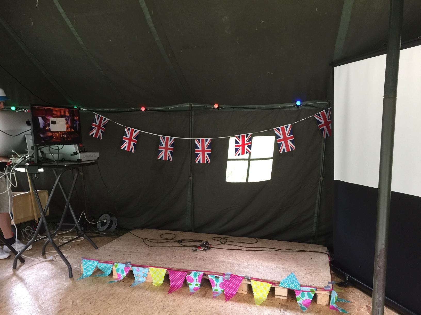 Versiering Tent